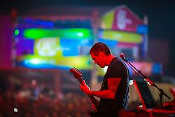 Dado & Bonfá tocam Legião Urbana durante a 25ª edição do Planeta Atlântida. O maior festival de música do Sul do Brasil ocorre nos dias 31 Janeiro e 01 de fevereiro, na SABA, praia de Atlântida, no Litoral Norte do Rio Grande do Sul. FOTO: <br /> Diego Vara/ Agência Preview