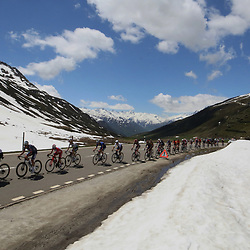 ANDERMATT (SUI) CYCLING<br /> Tour de Suisse stage 8<br /> Peloton at Aples climb