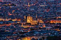 La Cathédrale Notre Dame Illuminated