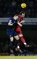 Photo: Chris Ratcliffe.<br /> Southend United v Swindon Town. Coca Cola League 1. 27/01/2006.<br /> Mark Gower (L) of Southend and Steve Jenkins of Swindon tussle for the ball