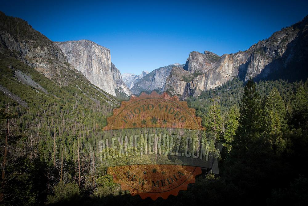 Tunnel View overlook inside Yosemite National Park on Sunday, September 22, 2019 in Yosemite, California. (Alex Menendez via AP)