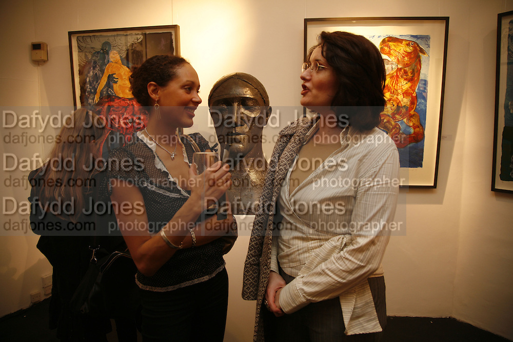 ANDREA THOMPSON AND NICOLE BACHMANN. 'Art is Why I get up in the morning' Unseen pieces from Elizabeth Frink's studio and work by four contemporary British artists: Lin Jammet, amanda Cornish, Kitty Blandy and Olivia Lomench gill. Ryder St. gallery. London. 28 March 2006. ONE TIME USE ONLY - DO NOT ARCHIVE  © Copyright Photograph by Dafydd Jones 66 Stockwell Park Rd. London SW9 0DA Tel 020 7733 0108 www.dafjones.com
