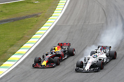 November 11, 2017 - Sao Paulo, Brazil - Motorsports: FIA Formula One World Championship 2017, Grand Prix of Brazil, .#3 Daniel Ricciardo (AUS, Red Bull Racing), #19 Felipe Massa (BRA, Williams Martini Racing) (Credit Image: © Hoch Zwei via ZUMA Wire)