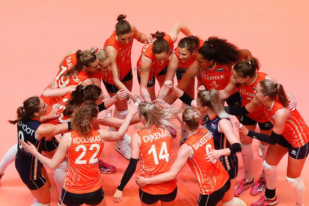 20180531 NED: Volleyball Nations League Netherlands - Brazil, Apeldoorn<br />Team Netherlands <br />©2018-FotoHoogendoorn.nl