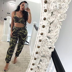 """Kylie Jenner releases a photo on Twitter with the following caption: """"""""I&#39;m backkkkkkk on @ thefashionbybel instagram account! <br /> 🐢2 piece is @kyliejenner shop<br /> 👠 20% off code: Carli on @egofootwear"""""""". Photo Credit: Twitter *** No USA Distribution *** For Editorial Use Only *** Not to be Published in Books or Photo Books ***  Please note: Fees charged by the agency are for the agency's services only, and do not, nor are they intended to, convey to the user any ownership of Copyright or License in the material. The agency does not claim any ownership including but not limited to Copyright or License in the attached material. By publishing this material you expressly agree to indemnify and to hold the agency and its directors, shareholders and employees harmless from any loss, claims, damages, demands, expenses (including legal fees), or any causes of action or allegation against the agency arising out of or connected in any way with publication of the material."""