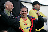 Photo: Marc Atkins.<br /> Watford v Middlesbrough. The Barclays Premiership. 04/11/2006. Watford Fans celebrate their win.