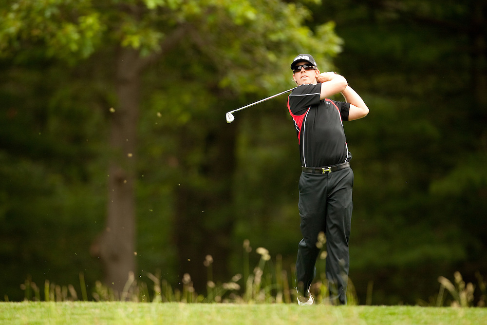 FARMINGDALE, NY - JUNE 22:  Hunter Mahan hits his shot during the continuation of the fourth round of the 109th U.S. Open Championship on the Black Course at Bethpage State Park on Monday, June 22, 2009. (Photograph by Darren Carroll) *** Local Caption *** Hunter Mahan