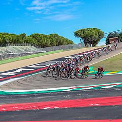26-09-2020: wielrennen: WK weg vrouwen: Imola <br />Peloton op circuit  van Imola
