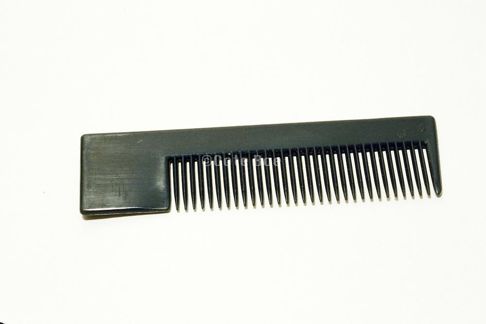 pocket sized plastic comb