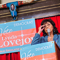 010914       Cable Hoover<br /> <br /> Former Navajo Nation presidential candidate Lynda Lovejoy announces her bid for the Public Regulation Commission during a press conference at El Rancho Hotel in Gallup Thursday.