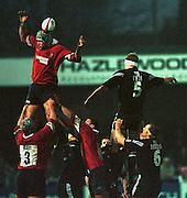 Gloucester, United Kingdom 20001223 Gloucester v Newcastle Premiership, 'Line out' [Mandatory Credit, Peter Spurrier/ Intersport Images] Played At Gloucester's Kingsholm Ground.