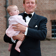NLD/Apeldoorn/20070901 - Viering 40ste verjaardag Prins Willem Alexander, Willem Alexander en dochter Ariane