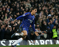 Photo: Lee Earle.<br /> Chelsea v Fulham. The Barclays Premiership. 26/12/2005. Chelsea's Hernan Crespo celebrates scoring their third goal.
