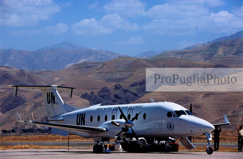 Badakshan, UN aircraft at Faizabad airport