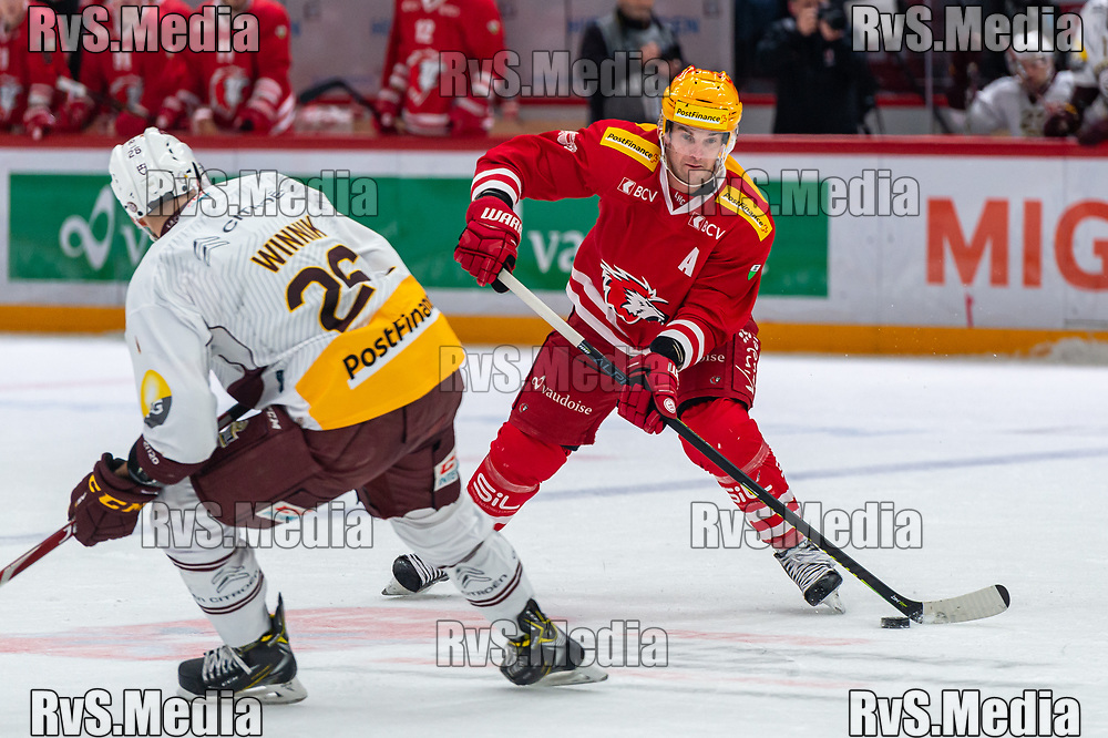 LAUSANNE, SWITZERLAND - NOVEMBER 23: #15 Dustin Jeffrey of Lausanne HC in action during the Swiss National League game between Lausanne HC and Geneve-Servette HC at Vaudoise Arena on November 23, 2019 in Lausanne, Switzerland. (Photo by Monika Majer/RvS.Media)