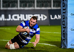 Sam Underhill of Bath Rugby scores a try - Mandatory by-line: Andy Watts/JMP - 08/01/2021 - RUGBY - Recreation Ground - Bath, England - Bath Rugby v Wasps - Gallagher Premiership Rugby