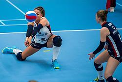 29-09-2018 NED: Supercup Sliedrecht Sport - Eurosped, Sliedrecht<br /> Sliedrecht takes the first price of the new season / Fleur Savelkoel #6 of Sliedrecht Sport