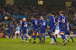 MANCHESTER, ENGLAND - Monday, February 25, 2008: A wall of blue Everton shirts defend their goal under pressure from Manchester City during the Premiership match at the City of Manchester Stadium. (Photo by David Rawcliffe/Propaganda)