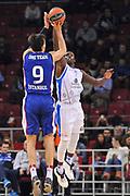 DESCRIZIONE : Eurolega Euroleague 2014/15 Gir.A Anadolu Efes Istanbul - Dinamo Banco di Sardegna Sassari<br /> GIOCATORE : Dario Saric<br /> CATEGORIA : Tiro Tre Punti Controcampo<br /> SQUADRA : Anadolu Efes Istanbul<br /> EVENTO : Eurolega Euroleague 2014/2015<br /> GARA : Anadolu Efes Istanbul - Dinamo Banco di Sardegna Sassari<br /> DATA : 28/10/2014<br /> SPORT : Pallacanestro <br /> AUTORE : Agenzia Ciamillo-Castoria / Luigi Canu<br /> Galleria : Eurolega Euroleague 2014/2015<br /> Fotonotizia : Eurolega Euroleague 2014/15 Gir.A Anadolu Efes Istanbul - Dinamo Banco di Sardegna Sassari<br /> Predefinita :