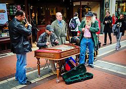Street performers in Dublin<br /> <br /> (c) Andrew Wilson   Edinburgh Elite media