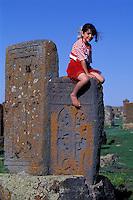 Armenie, Lac Sevan, Cimetiere de Noradouz, Jeune bergere // Armenia, Sevan lake, Noradouz cemetery, young shepherdess