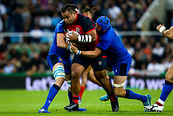 Billy Vunipola of England is tackled by Dean Budd of Italy - Mandatory by-line: Robbie Stephenson/JMP - 06/09/2019 - RUGBY - St James's Park - Newcastle, England - England v Italy - Quilter Internationals