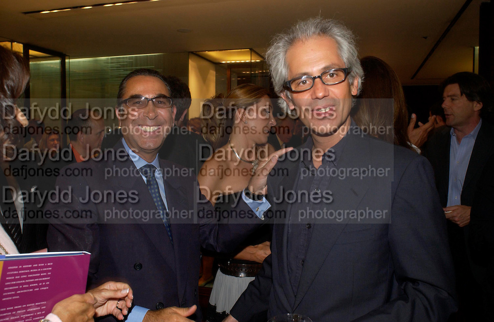 Prof David Khalili and Simon Ortiz-Patino. Book launch of ' The Russian House'  by Ella Krasner at De Beers. 50 Old Bond St. London W1. ONE TIME USE ONLY - DO NOT ARCHIVE  © Copyright Photograph by Dafydd Jones 66 Stockwell Park Rd. London SW9 0DA Tel 020 7733 0108 www.dafjones.com