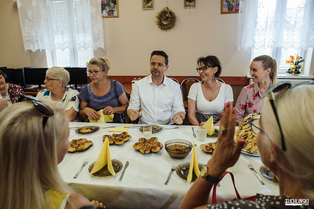 Sobolewo (next to Suwalki). Poland; 22.06.2020 <br /> Rafal Trzaskowski (C), the current Mayor of Warsaw and Civic Platform's candidate for Presidency of Poland, seen during his visit to  the Association of Village Housewives in Sobolewo.<br /> Photo by Adam Tuchlinski for Die Zeit