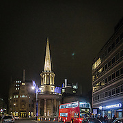 All Souls Church in Langham Place, davanti alla sede della BBC.<br /> <br /> All Souls Church in Langham Place, next to the BBC headquarters.