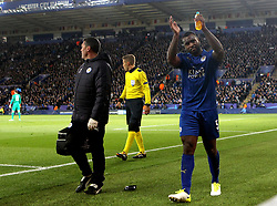 Wes Morgan of Leicester City walks off the field after picking up an injury - Mandatory by-line: Robbie Stephenson/JMP - 18/04/2017 - FOOTBALL - King Power Stadium - Leicester, England - Leicester City v Atletico Madrid - UEFA Champions League Quarter-Final Second Leg