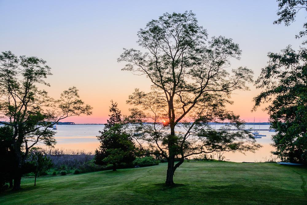 Sunrise, Sag Harbor Bay, 1 Fahys Rd, Sag Harbor, NY