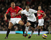 Photo: Paul Thomas/Sportsbeat Images.<br /> Manchester United v Fulham. The FA Barclays Premiership. 03/12/2007.<br /> <br /> Wes Brown (L) of Utd battles with Hameur Bouazza.