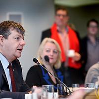 Nederland, Haarlem , 2 februari 2015.<br /> aftrap van de verkiezingscampagne voor de Provinciale Staten Verkiezingen Noord-Holland<br /> <br /> het voorstellen van van de lijstrekkers en het invullen van van de stemwijzer.<br /> Aan het woord is Dannij van der Sluis van de PVV<br /> <br /> Foto:Jean-Pierre Jans