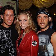 Uitreiking populariteitsprijs 2004, Oscar, Mara, Renzo Kazan