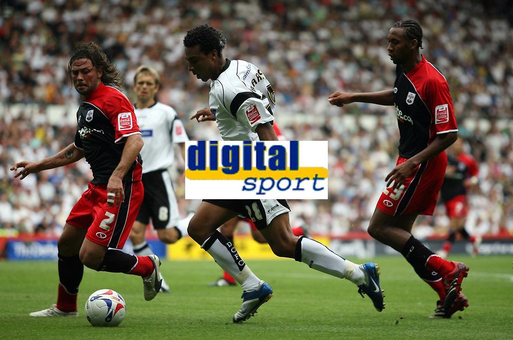 Photo: Rich Eaton.<br /> <br /> Derby County v Southampton. Coca Cola Championship.<br /> <br /> 06/08/2006. Derbys Giles Barnes (centre) attacks the Southampton defence