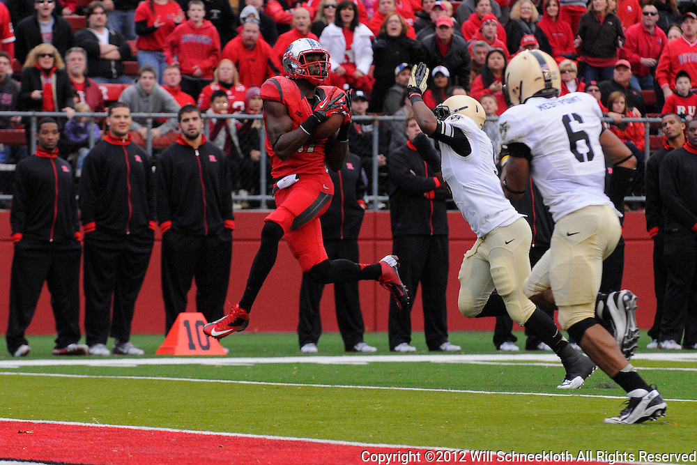10 November 2012: Rutgers Scarlet Knights wide receiver Brandon Coleman (17) makes a touchdown reception during NCAA college football action between the Rutgers Scarlet Knights and Army Black Knights at High Point Solutions Stadium in Piscataway, N.J.. Rutgers defeated Army 28-7.