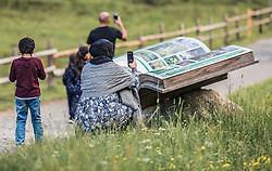 THEMENBILD - eine arabische Frau mit Kopftuch fotografiert die Landschaft. Der Hintersee ist ein kleiner Gebirgssee in 1313 m Höhe im Talschluss des Felbertals in Mittersill. Der Bergsee ist ein Naturdenkmal und wurde unter Schutz gestellt. Der Hintersee gilt als Geheimtipp, Erholungsgebiet und ein Platz, den man gesehen haben muss, aufgenommen am 23. Juni 2019, am Hintersee in Mittersill, Österreich // an Arab woman with a headscarf photographs the landscape. Hintersee is a small mountain lake 1313 m above sea level at the end of the Felbertal valley in Mittersill. The mountain lake is a natural monument and was placed under protection. The Hintersee is an insider tip, a place you must have seen and a recreation area on 2019/06/23, Hintersee in Mittersill, Austria. EXPA Pictures © 2019, PhotoCredit: EXPA/ Stefanie Oberhauser