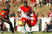 Fotball<br /> Oppkjøring til seriestart i Frankrike 2003/2004<br /> Foto: DPPI/Digitalsport<br /> <br /> NORWAY ONLY<br /> <br /> FOOTBALL - SEASON 2003/2004 - FRIENDLY GAME -  FC LORIENT v AS MONACO - 030709 - SHABANI NONDA (ASM) - PHOTO PIERRE MINIER / FLASH PRESS