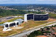 Belo Horizonte_MG, Brasil...Centro Administrativo do Governo de Minas Gerais (Cidade Administrativa), o centro foi projetado por Oscar Niemeyer, na foto o predio e a Linha Verde...The Minas Gerais Administrative Center (Administrative City), projected by Oscar Niemeyer, in this photo the building and the Linha Verde...Foto: BRUNO MAGALHAES / NITRO