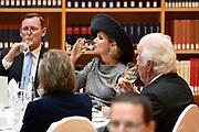 Werkbezoek van Zijne Majesteit de Koning, vergezeld door Hare Majesteit Koningin Maxima aan de Duitse deelstaten Thüringen, Saksen en Saksen-Anhalt<br /> <br /> Working visit of His Majesty the King, accompanied by Her Majesty Queen Maxima in the German states of Thuringia, Saxony and Saxony-Anhalt<br /> <br /> op de foto / On the Photo:  Lunch aangeboden door MP Ramelow in de nieuwe bibliotheek ///  Lunch hosted by MP Ramelow in the new library