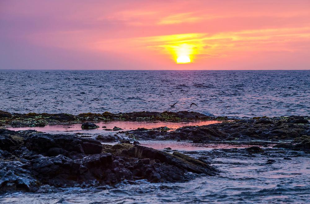 Sunset, Wawaloli Beach Park, Kailua-Kona, Hawaii, USA.