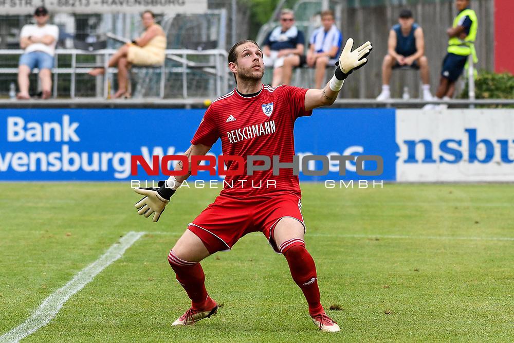 01.08.2020, C-Team Arena, Ravensburg, GER, WFV-Pokal, FV Ravensburg vs SSV Ulm 1846 Fussball, <br /> DFL REGULATIONS PROHIBIT ANY USE OF PHOTOGRAPHS AS IMAGE SEQUENCES AND/OR QUASI-VIDEO, <br /> im Bild Erleichterung bei Kevin Kraus (Ravensburg, #1), der Ball ging uebers Tor<br /> <br /> Foto © nordphoto / Hafner