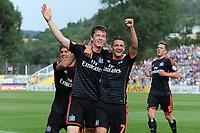 Fotball<br /> Tyskland<br /> 09.08.2015<br /> Foto: Witters/Digitalsport<br /> NORWAY ONLY<br /> <br /> 2:2 Jubel v.l. Gotoku Sakai, Torschuetze Michael Gregoritsch, Ivo Ilicevic (HSV)<br /> Fussball, DFB-Pokal, 1. Hauptrunde, FC Carl Zeiss Jena - Hamburger SV 3:2 n.V.