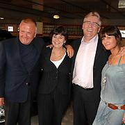 NLD/Amsterdam/20070602 - Toppers in Concert 2007, Rita Verdonk en partner Peter Willems, Harry Mens en partner Lara den Haan