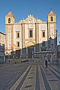 santo antao church praca do giraldo square evora alentejo portugal