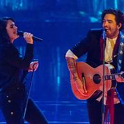 NLD/Hilversum/20180216 - Finale The voice of Holland 2018, Nienke Wijnhoven treedt op met Waylon