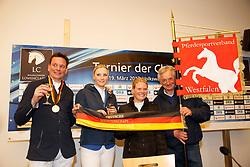 Wagers, Jana (GER);<br /> Haßmann, Toni (GER);<br /> Bostock-Beeking, Pia-Katharina (GER);<br /> Reinacher, Klaus (Trainer) <br /> Braunschweig - Löwen Classics 2017<br /> © Stefan Lafrentz