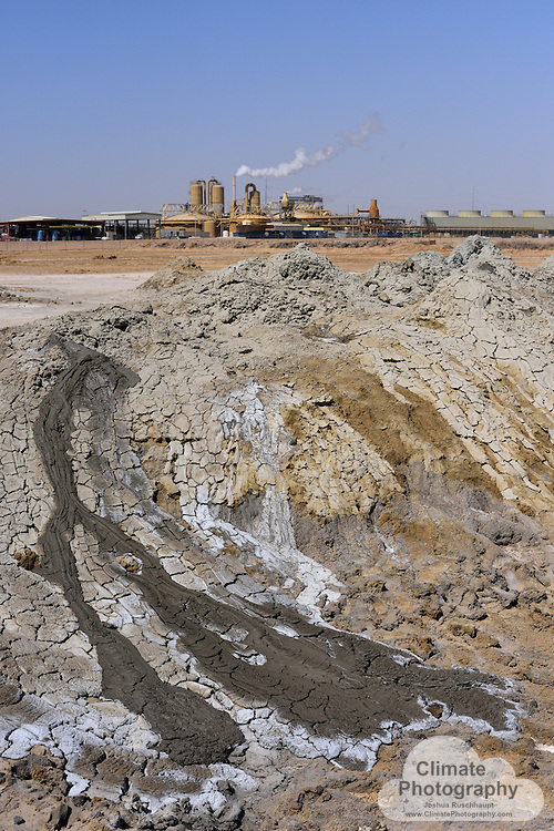 #SignOfClimateProgress<br /> <br /> The Salton Sea, a manmade accident by a Colorado River canal failure, has developed into a critical habitat for migrating birds, as well as an economic staple for the surrounding communities.  <br /> <br /> However, in more recent times, the sea is receding due to less runoff from surrounding agricultural operations, and the sea is becoming an air pollution liability, from strong winds (illustrated within these images), and toxic dust from the lake bed.  But this is just a fragment of the story.  To better tell the several angles and storylines, see: <br /> <br /> Restoration, LA Times: http://www.latimes.com/local/lanow/la-me-ln-salton-sea-project-20151108-story.html<br /> <br /> Restoration and new geothermal, Desert Sun: http://www.desertsun.com/story/tech/science/energy/2016/03/15/salton-sea-could-get-new-geothermal-power-plant/81839422/, and Audubon: http://ca.audubon.org/news/what-geothermal-power-and-how-might-it-save-salton-sea<br /> <br /> New geothermal, Desert Sun: http://www.desertsun.com/story/tech/science/energy/2016/05/05/salton-sea-dreaming-big-geothermal/83845318/<br /> <br /> How times have changed, Audubon: http://ca.audubon.org/node/25351.<br /> <br /> Toxic dust, The Atlantic: http://www.theatlantic.com/science/archive/2015/11/the-airborne-toxic-lake-event/414888/<br /> <br /> Saving water, National Geographic: http://news.nationalgeographic.com/news/2014/02/140218-salton-sea-imperial-valley-qsa-water-conservation/<br /> <br /> What the future holds, LA Times: http://www.latimes.com/science/la-me-salton-sea-20151001-story.html<br /> <br /> From geothermal activity (natural and manmade), to dust, to water receded shorelines, this gallery's images attempt to capture these stories.