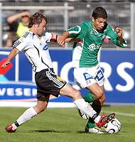 Fotball NM Rosenborg - Mandalskameratene 1-0<br /> Roar Strand, RBK og Tore Hansen, Mandalskameratene<br /> Foto. Carl-Erik Eriksson. Digitalsport