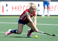 THE HAGUE - South Africa (RSA) vs England. Sophie Bray (m) from England  COPYRIGHT KOEN SUYK